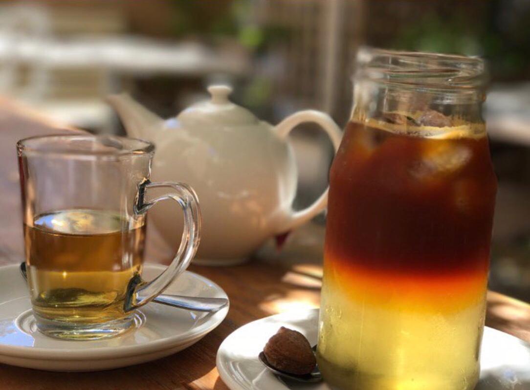 Leise rieselt der Tee – schwarzer Tee mit Koriander